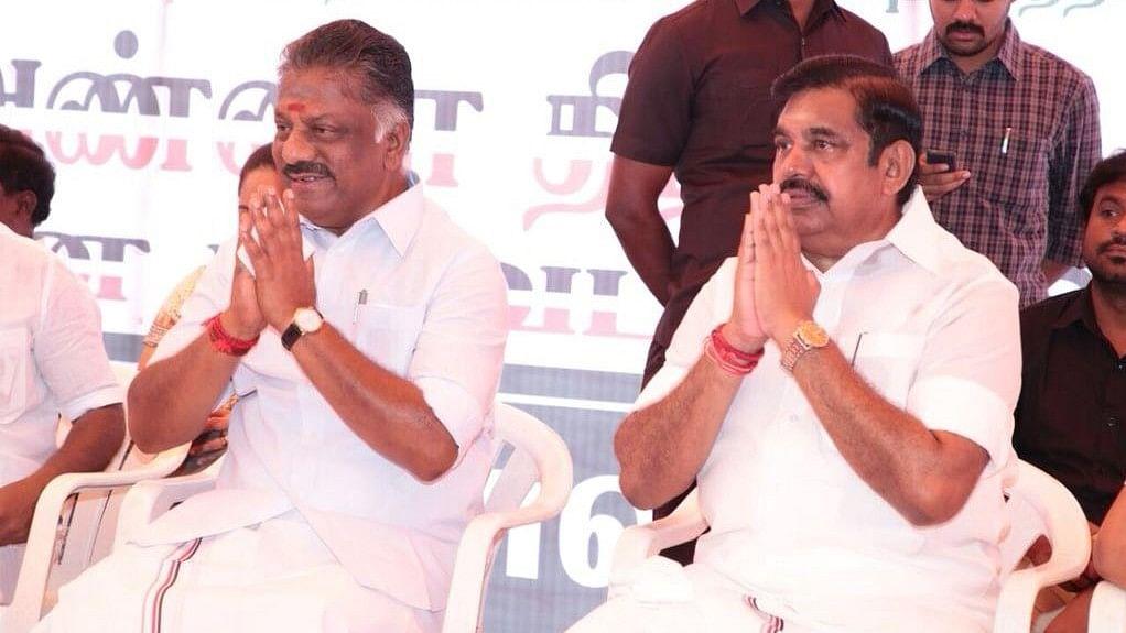 Tamil Nadu Chief Minister Edappadi K Palaniswami (L) and Deputy CM O Panneerselvam.