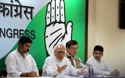 New Delhi: Congress leaders Kapil Sibal and Vivek Tankha during a press conference in New Delhi on April 23, 2018. (Photo: IANS)