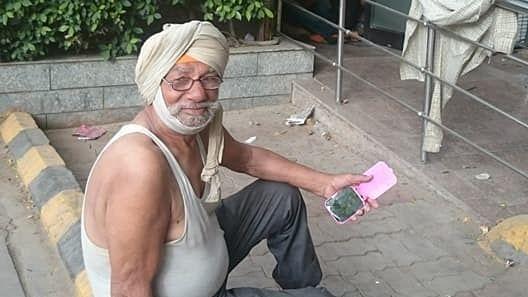 #GoodNews: FB Post Helps Old Oxford Graduate Find Shelter in Delhi
