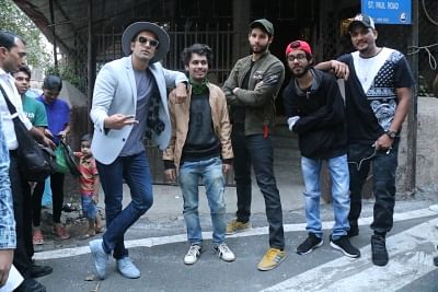 "Mumbai: Actor Ranveer Singh during the recording of his upcoming film ""Gully Boy"" at a studio in Bandra, Mumbai on Jan 7, 2018. (Photo: IANS)"
