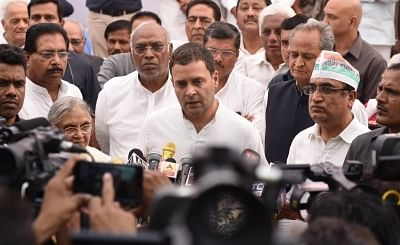 New Delhi: Congress President Rahul Gandhi along with party leaders Sheila Dikshit, Mallikarjun Kharge, Ashok Gehlot and Ajay Maken, talks to the press during the Congress