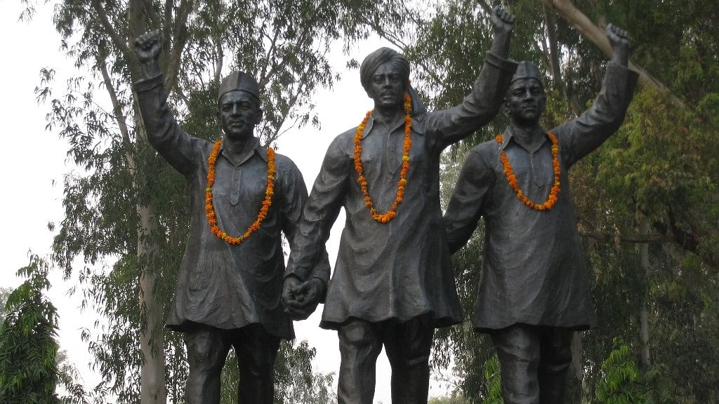 Statues of Bhagat Singh, Rajguru and Sukhdev at the India-Pakistan Border.