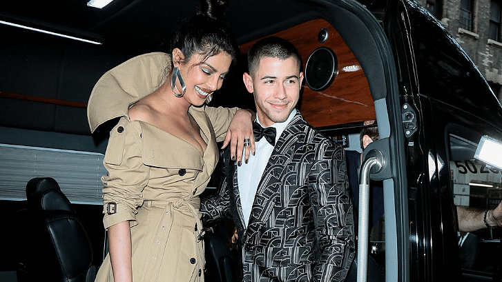 According to , desi girl Priyanka Chopra and Nick Jonas are courting each other.