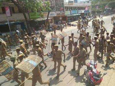 Tuticorin: Police personnel carry out baton charges to bring the protesters under control during protests for the closure of Vedanta