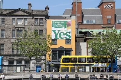 DUBLIN, May 26, 2018 (Xinhua) -- A huge poster for legalized abortion is seen on a building in downtown Dublin, Ireland, May 25, 2018. Nearly 70 percent of Irish voted to abolish Ireland