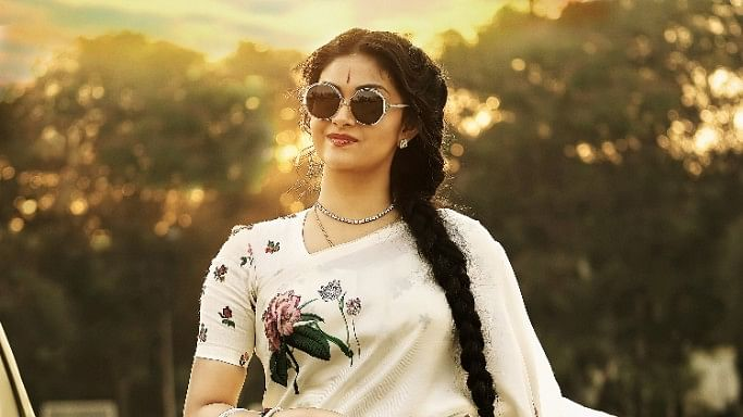 Keerthi Suresh as Savitri in the biopic <i>Mahanati</i>.