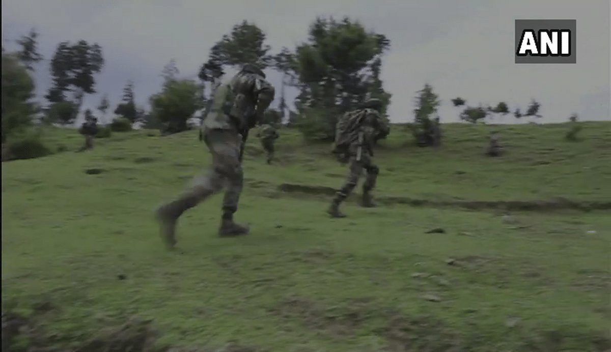An Infiltration bid has been foiled by security forces in Tangdhar sector of Jammu and Kashmir.