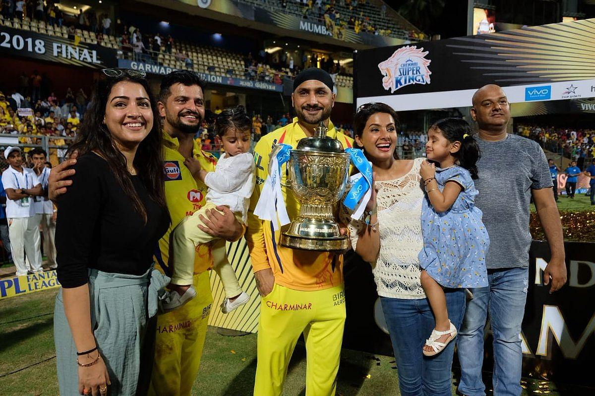 Thala Bhajji and Thala Raina with family.