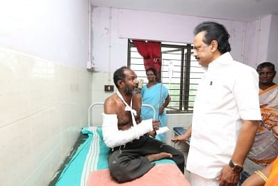 Thoothukudi: DMK working president M. K. Stalin talks to the media after meeting those undergoing treatment at a government hospital for their injuries sustained in police firing during anti-Sterlite protests, in Tamil Nadu