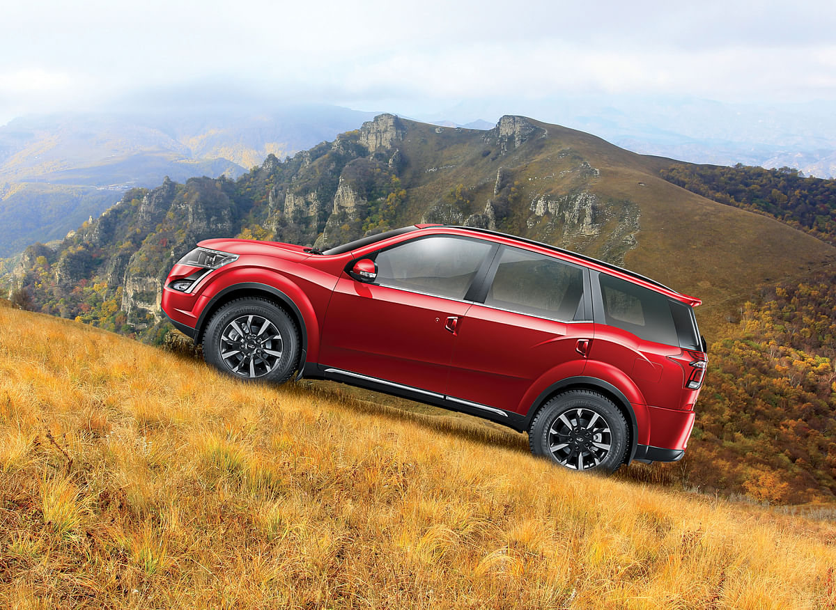 The SUV's Hill Hold and Hill Descent features will make sure you're fully in control of your vehicle.