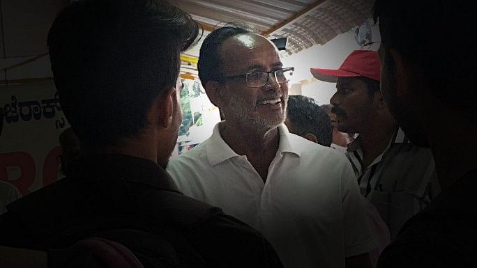 'Five-Rupees Doctor' Enters Poll Battle in Karnataka's Mandya