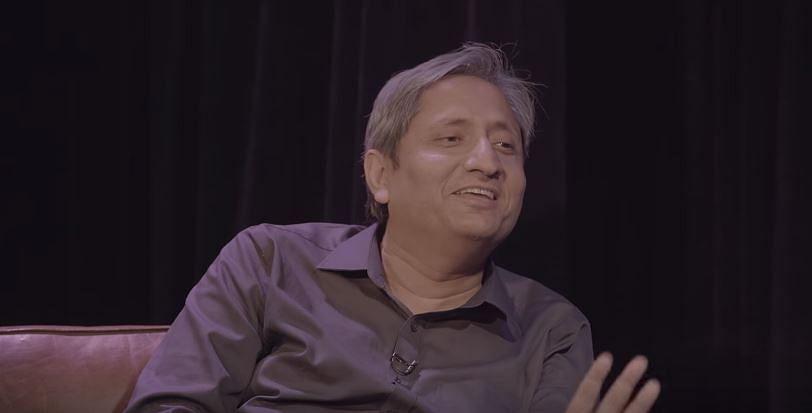 """""""<i>Ab aap Bharat ki rajneeti mein phas gaaye ho. Girna aapko hai</i>.""""<i> </i>- Ravish Kumar on 'Shut Up Ya Kunal'."""