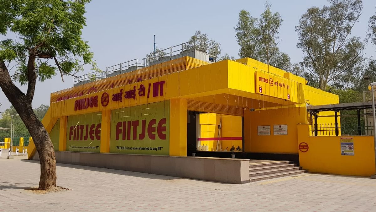 What Do IIT Delhi Students Think of the FIITJEE IIT Metro Station?