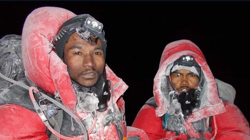 Good News! Five Students from Chandrapur Scale Mt Everest