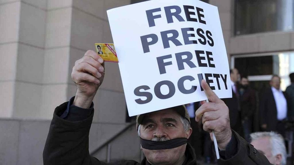 Security Forces Detain & Beat Two Journalists in Central Africa