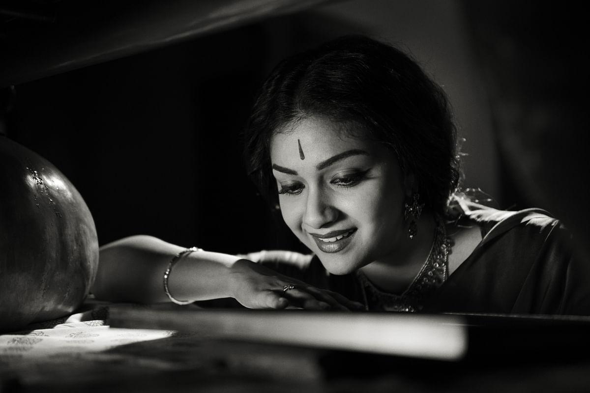 Keerthi Suresh as Savitri in the biopic <i>Mahanati</i>