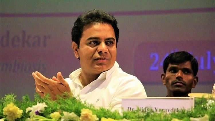 TRS Leaders to Study Organisational Structure of DMK, AIADMK