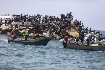 GAZA, May 29, 2018 (Xinhua) -- Fishing boats trying to breach Israeli naval blockade set to sail in Gaza, on May 29, 2018. The Gaza Strip has been under Israeli blockade for more than a decade. (Xinhua/Wissam Nassar/IANS)