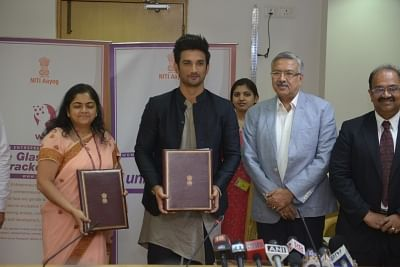 New Delhi: Actor Sushant Singh Rajput signs an initiative to promote the Women Entreprenuership Platform (WEP) of NITI Aayog in New Delhi on May 25, 2018. (Photo: IANS)
