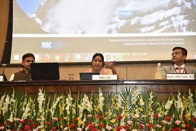 New Delhi: External Affairs Minister Sushma Swaraj draws computerised lots for selection of Yatris for Kailash Mansarovar Yatra 2018, in New Delhi on May 8, 2018. (Photo: IANS/MEA)