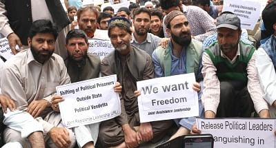 Srinagar: Jammu and Kashmir Liberation Front (JKLF) chairman and Joint Resistance Leadership (JRL) leader, Muhammad Yasin Malik stages a sit-in protest to press for the release of prisoners and shifting back of Kashmiri prisoners from jails outside the state; in Srinagar on May 26, 2018. (Photo: IANS)