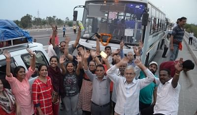 Jammu: Pilgrims ready to leave after the first batch of the Amarnath Yatra was flagged off from Jammu