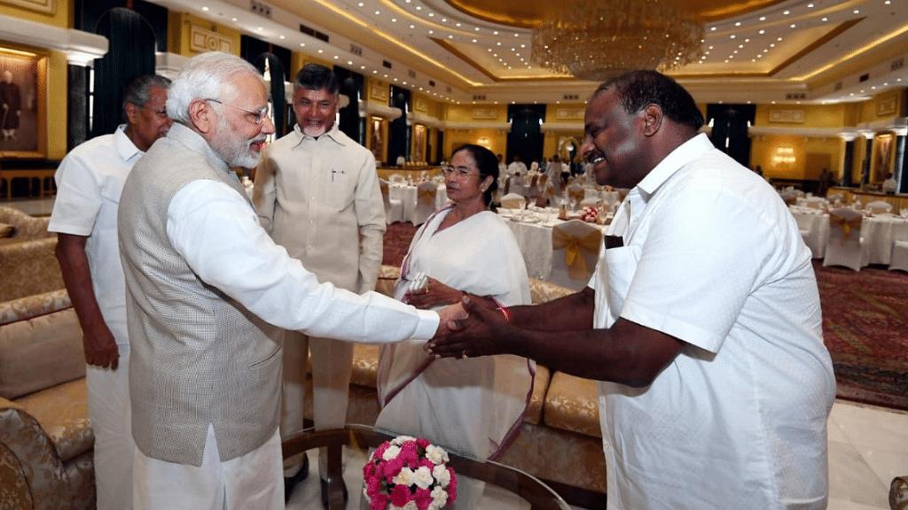 NITI Aayog Meet: Oppn Leaders  Ask PM to Solve L-G, Delhi Govt Row