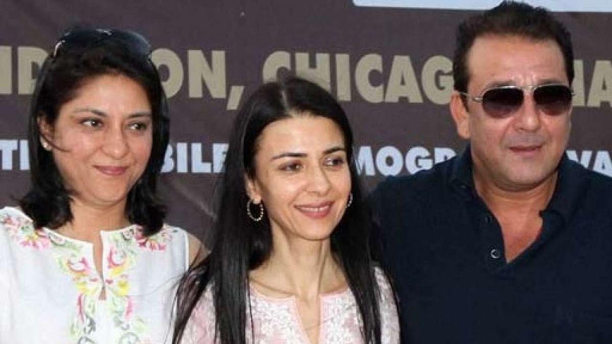 Priya, Namrata and Sanjay Dutt at an event together.