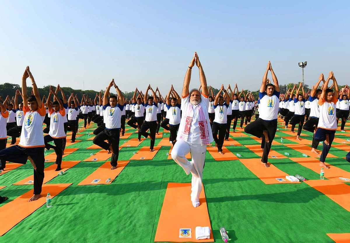 From Kangana to PM Modi: Here's How the World Celebrated Yoga Day
