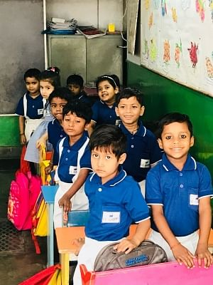 Children of the rich and professionals like chartered accountants, doctors, engineers and lawyers mingle with the poorest in this school in the heart of Lucknow.