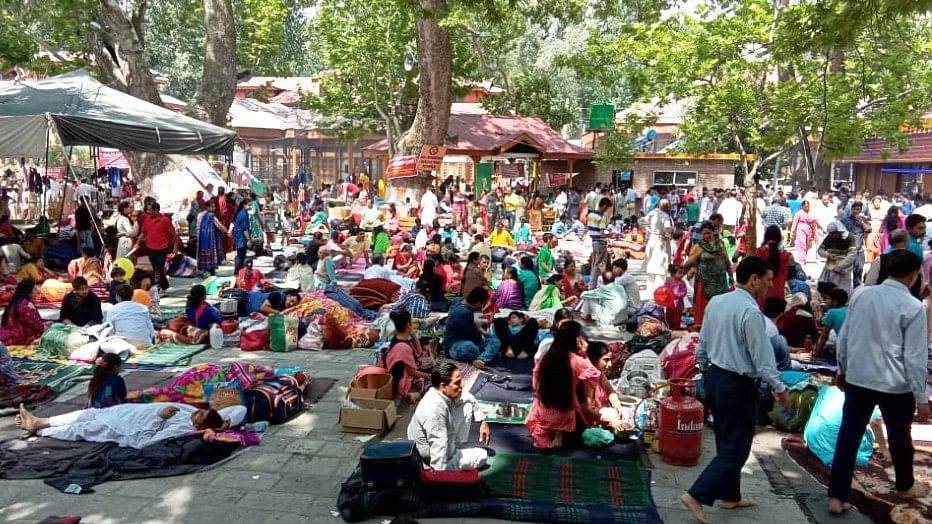 Kashmiri Pandits in hundreds have descended to the Kheer Bhawani temple to celebrate the festival.