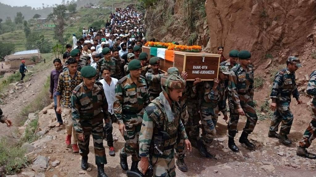 Hundreds Gather in Poonch For Army Jawan Aurangzeb's Final Journey
