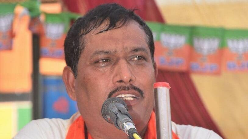 UP BJP MLA Laments Bypoll Losses, Alleges Corruption in Yogi Govt