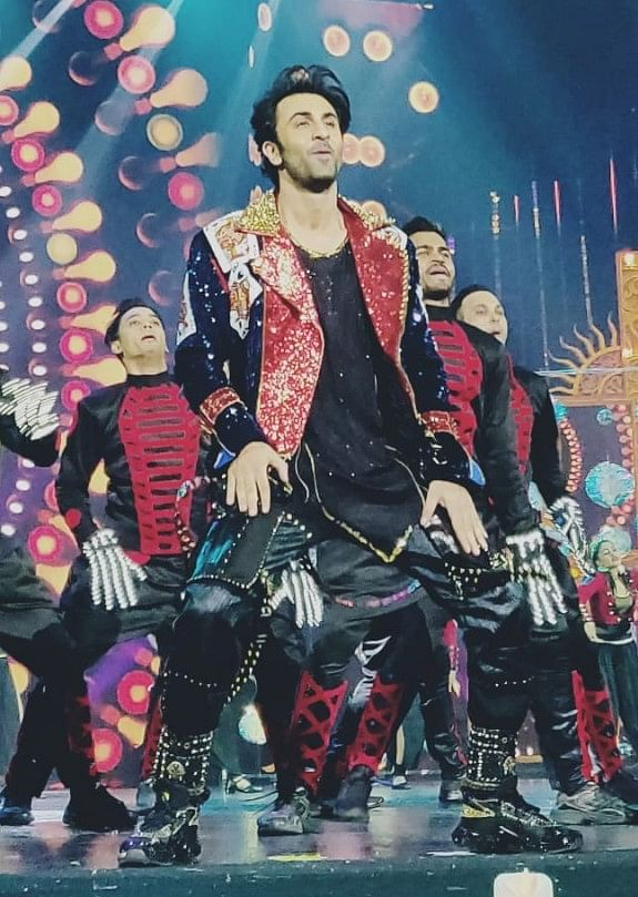 Ranbir Kapoor set the stage for a kick ass performance!