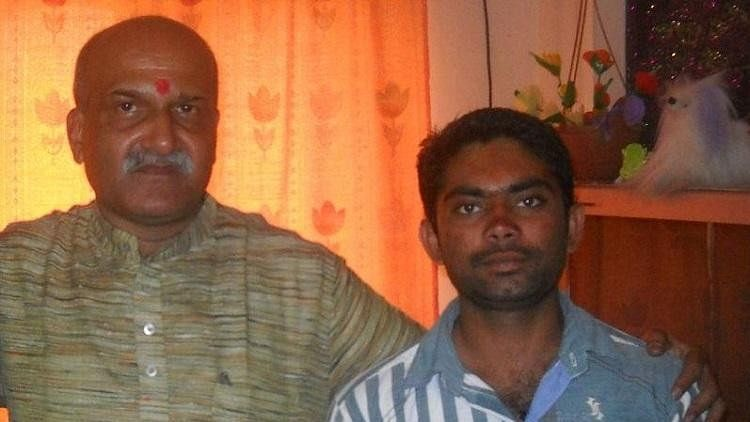 The SIT had arrested Parashuram Waghmore (right) who is suspected to be the shooter.