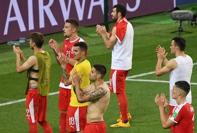 MOSCOW, June 27, 2018 (Xinhua) -- Players of Serbia greet the audience after the 2018 FIFA World Cup Group E match between Brazil and Serbia in Moscow, Russia, June 27, 2018. Brazil won 2-0 and advanced to the round of 16. (Xinhua/Wang Yuguo/IANS)