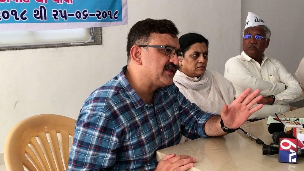 Gujarat High Court Lawyer Anand Yagnik, Gujarat Rajya Sabha MP Ami Yagnik and Gujarat Khedut Samaj Leader Jayesh Patel