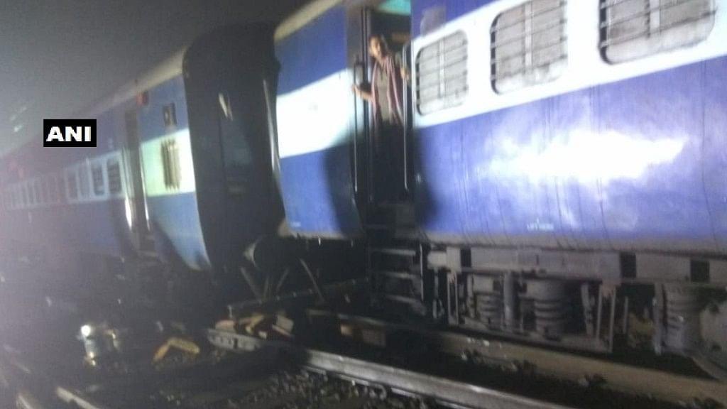 Three coaches of Howrah Mail express (via Nagpur) derailed near Igatpuri railway station in Maharashtra.
