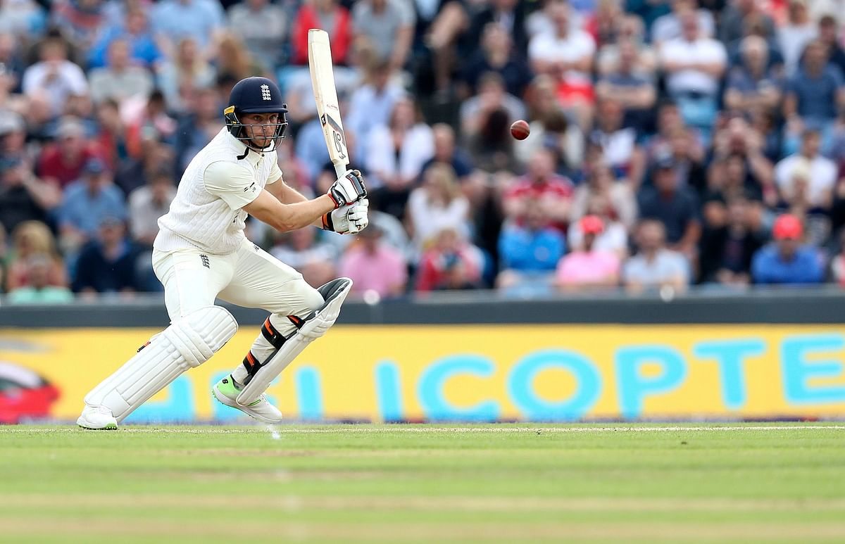 England's Jos Buttler hits out from the bowling of Pakistan's Shadab Khan during day two of the Second Natwest Test.