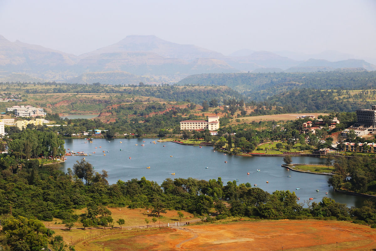 The only hill station is Gujarat, Saputara is a monsoon retreat you cannot miss.