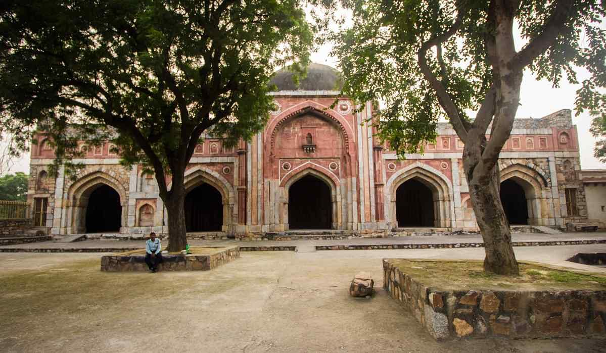 Jamali-Kamali's mosque.