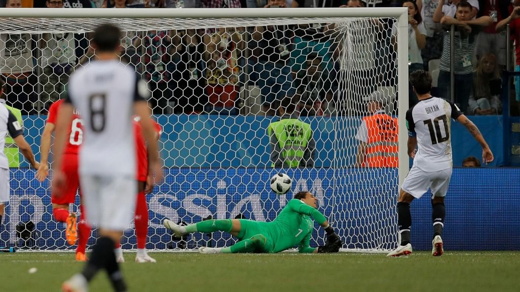 Costa Rica's Bryan Ruiz (right) shoots a penalty kick to score an own goal by Switzerland goalkeeper Yann Sommer during their Group E match at the Nizhny Novgorod Stadium on Wednesday.