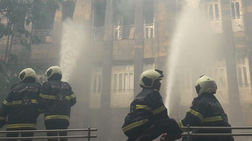 QMumbai: Scindia House Fire; Thrashed Transgender Attempts Suicide