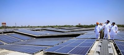India offers to power UN HQ with solar energy