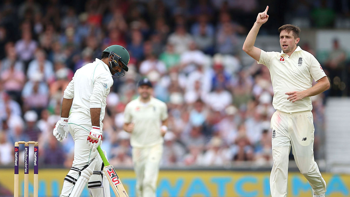 England bounced back from their first Test humiliation to rout Pakistan by an innings and 55 runs in the second Test.