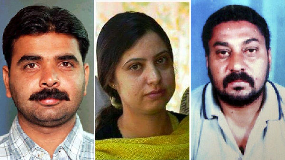 Slain journalists Pradeep Bhatia (L), Ashok Sodhi (C) and Asiya Jeelani (R).