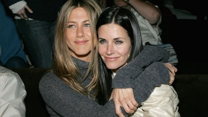 Actor Jennifer Aniston is to be her friend and actor Courteney Cox's maid of honour.
