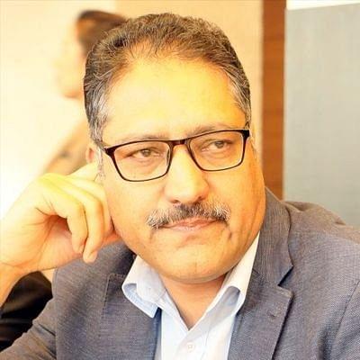 """Senior journalist and Editor-in-Chief of English daily """"Rising Kashmir"""" Shujat Bhukhari (Photo: IANS)"""