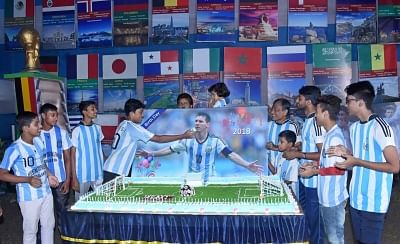 Kolkata: Young fans celebrate the birthday of Argentine footballer Lionel Messi at Argentina Football Fan Club, in Kolkata on June 24, 2018. (Photo: IANS)