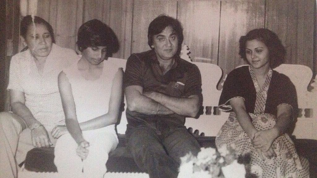 Sunil Dutt <i>(in the middle)</i>, and Ms Vandana Malik (nee Bahl) <i>(author's sister, on the right)</i>, along with other friends.